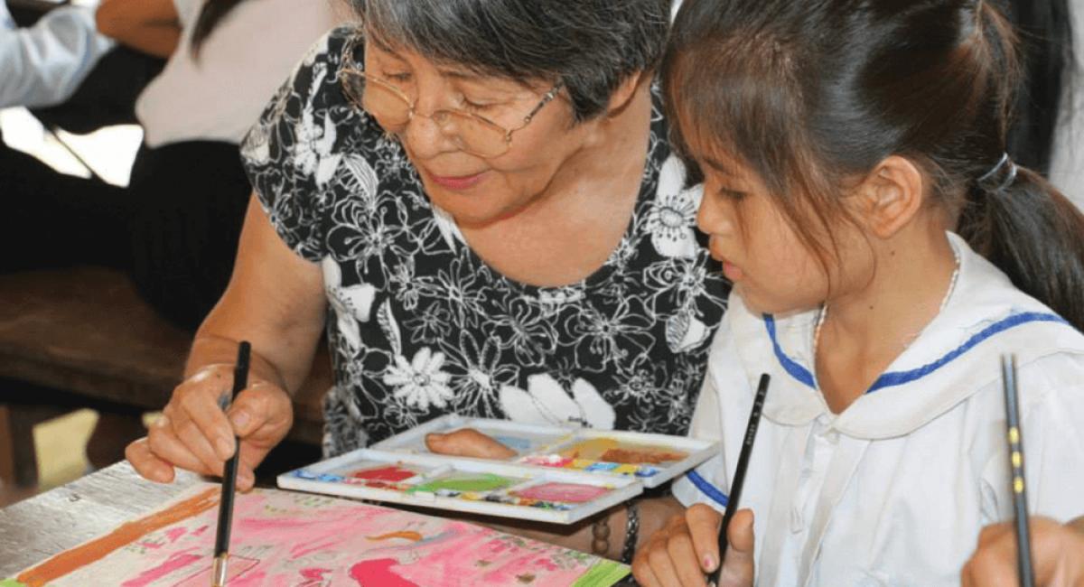 Small Art School art lesson at Oh village